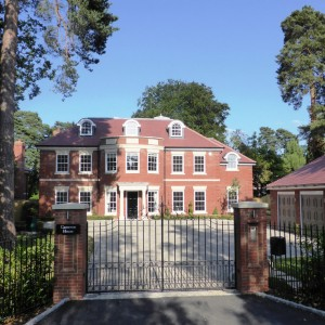 Cameron House, Ascot